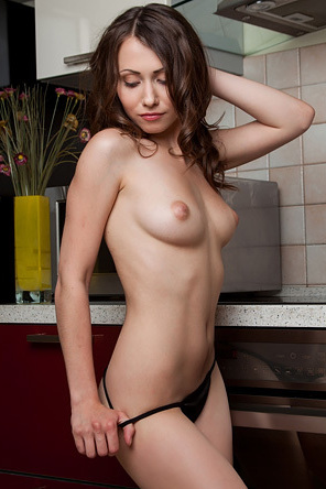 Beautiful Teen Babe Ynesse Spreading In The Kitchen
